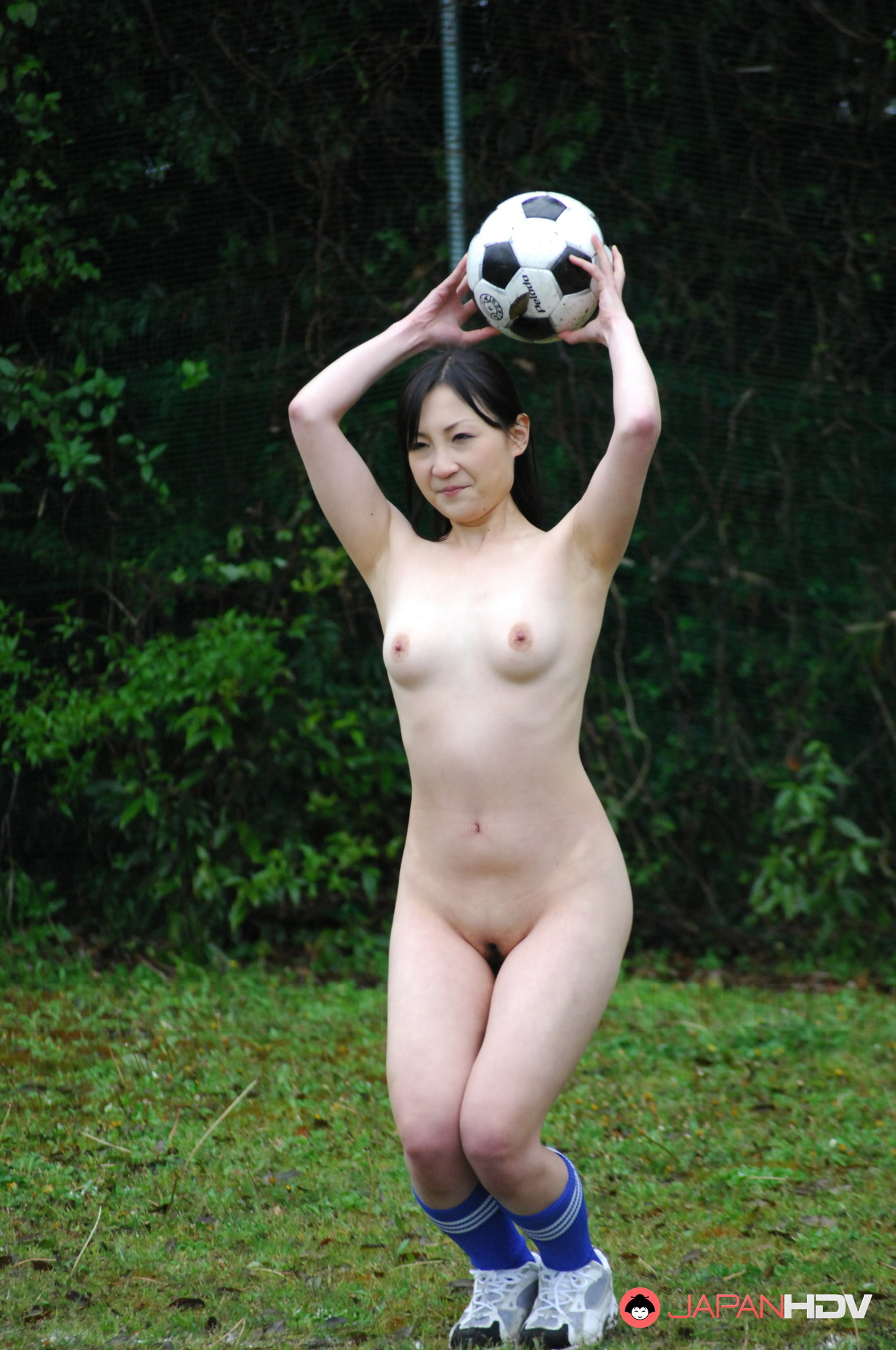 pictures of naked girls playing sports