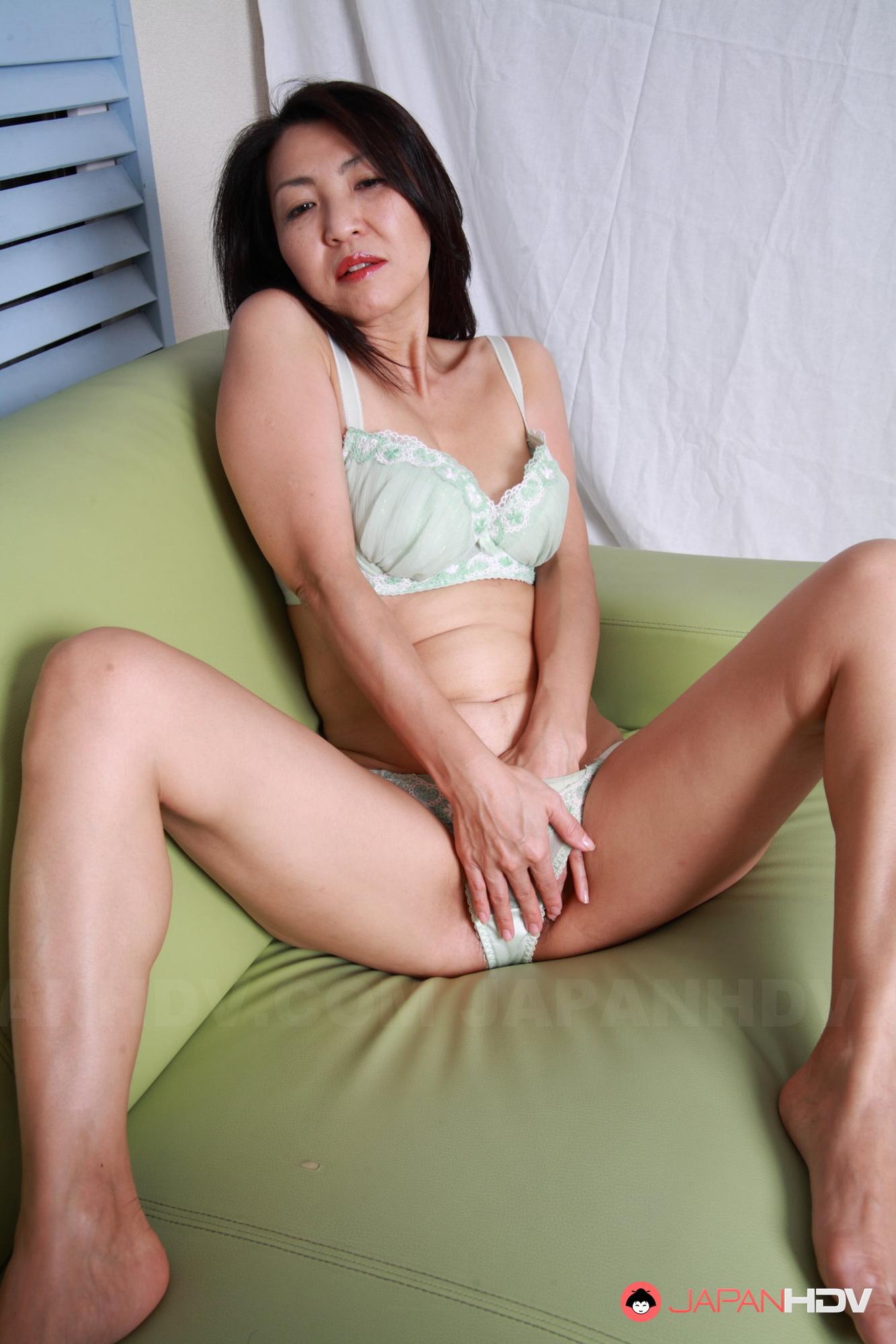 Japanese milf ass